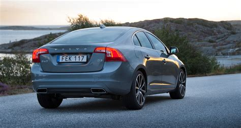 volvo  awd review comfort safety performance