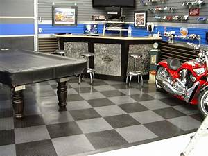 Man Cave Garage: Garage for Man's Paradise