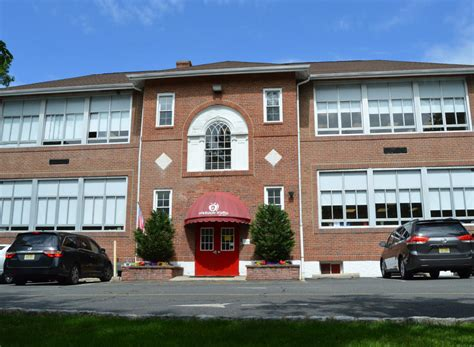 apple montessori schools montville in montville nj 339   1050x770