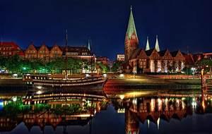 Bild Bremen De : bremen by night foto bild architektur architektur bei nacht nikon bilder auf fotocommunity ~ Pilothousefishingboats.com Haus und Dekorationen