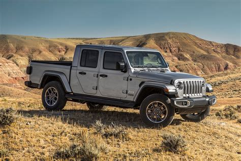 jeep philippines talks  diesel wranglers gladiator pickup truck philippine car news car