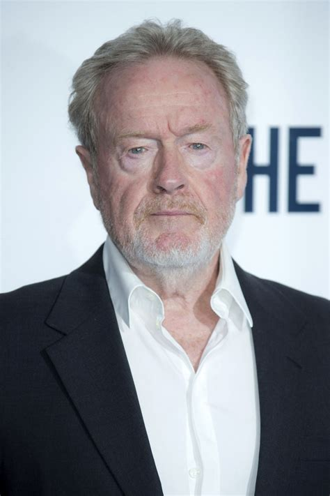 Ridley Scott to Direct Matt Damon in 'The Martian ...