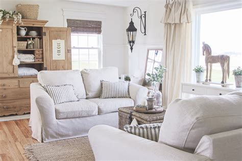 slipcovers  sofas  attached cushions