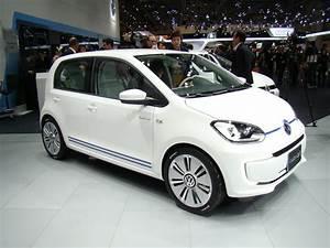 Volkswagen Hybride Rechargeable : volkswagen twin up la up passe en mode hybride rechargeable l 39 argus ~ Melissatoandfro.com Idées de Décoration