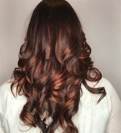 strähnchen kurze haare frisur balayage rot friseur