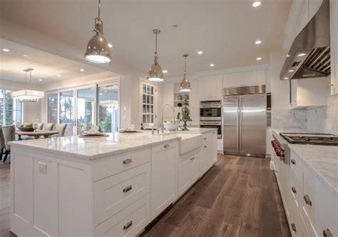 family home   modern farmhouse interiors home bunch interior design ideas