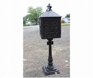 Cast Iron Mailbox Large