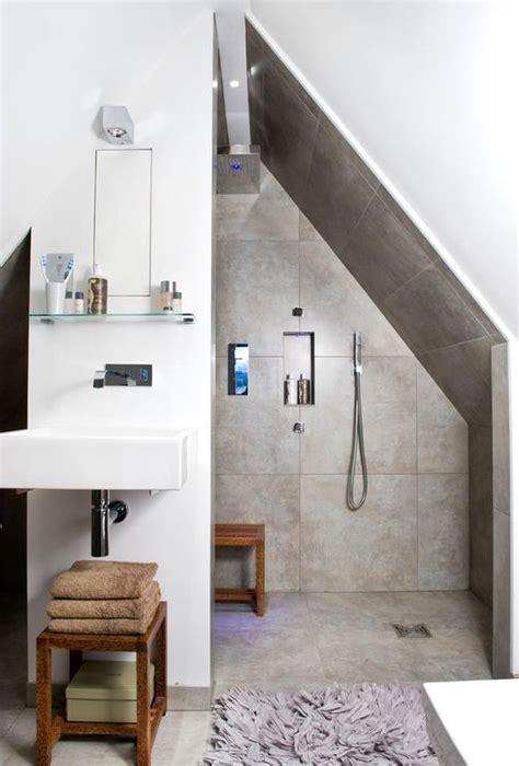Kleines Badezimmer Schräge by Duschnische Unter Der Dachschr 228 Ge In 2018 Dachgeschoss