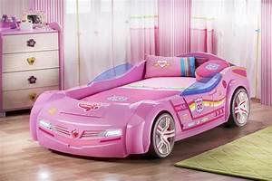 Voiture Enfant Fille : le lit voiture pour la chambre de votre enfant ~ Teatrodelosmanantiales.com Idées de Décoration