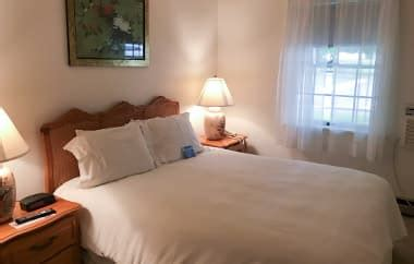 townhomes with master bedroom on floor townhouses at the bayview bar harbor hotel 21168