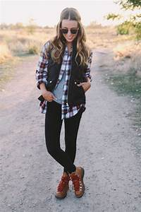 Best 25+ Hiking boots outfit ideas on Pinterest   Camping outfits Outfits and Fall 2017 fashion