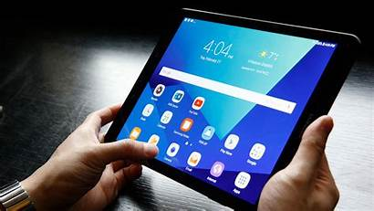 Tablet Android Using Person Samsung Tracker Stolen