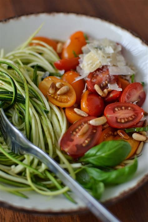 cuisiner la courgette spaghetti les 25 meilleures idées de la catégorie spaghetti sur