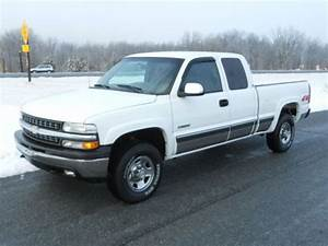 Purchase Used 4x4  2000 Chevy 2500hd 6 0 Gas V8 Automatic