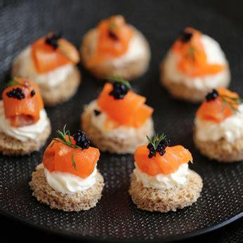 toast saumon fume  carre frais une recette daperitif