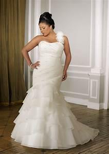 house of brides premieres the diva plus size bridal boutique With plus size wedding dress stores
