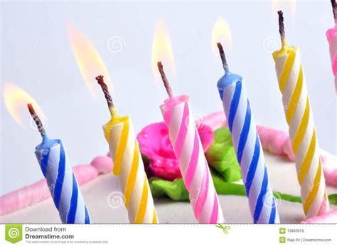 candele di compleanno candele di compleanno immagine stock immagine di fiamma