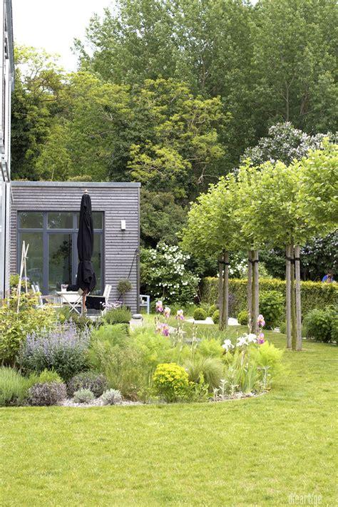 Moderne Häuser Und Gärten by Dieartigeblog Garten Terrasse Kiesgarten Platanen
