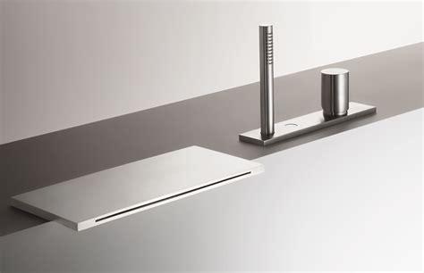rubinetti a cascata 3065 by fantini rubinetti design franco sargiani