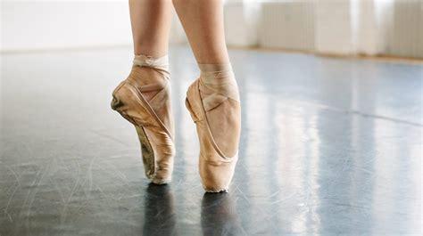 ballerina feet injury risks treatment  permanent damage
