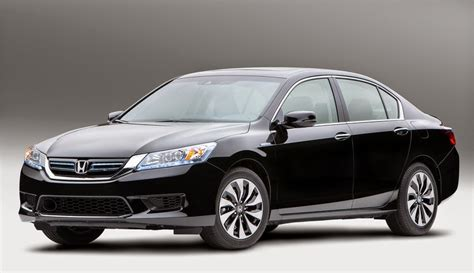 Best Mpg Midsize Car by 6 Best 2015 Midsize Sedans With Awd Fwd And Rwd Car Junkie