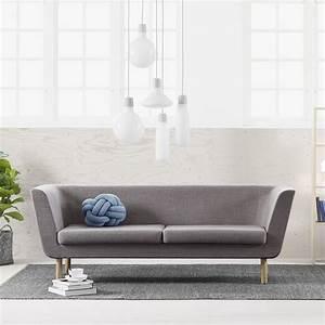 Sofa Beine Holz : nest sofa mit gestell und beine aus holz gepolstert und mit stoff bezogen in verschiedenen ~ Buech-reservation.com Haus und Dekorationen