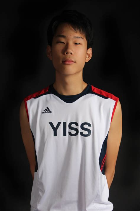 varsity boys volleyball   yisspn