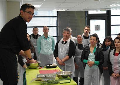 cours cuisine sushi cours de cuisine sushi toulouse et sud ouest team building