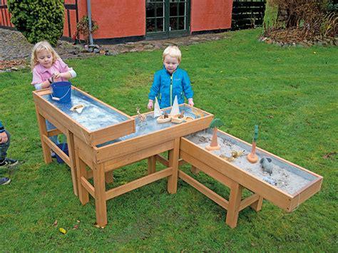 matschtisch selber bauen der kindergarten onlineshop matschtisch set holz