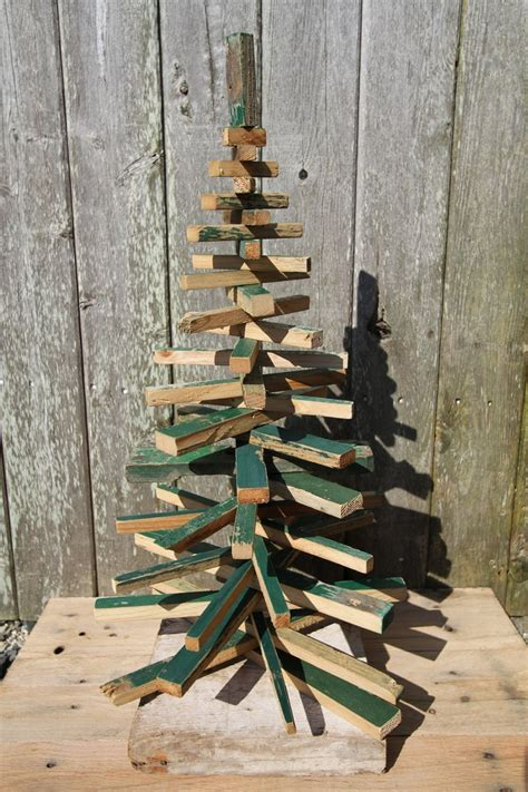 rustic wood christmas tree bois pinterest