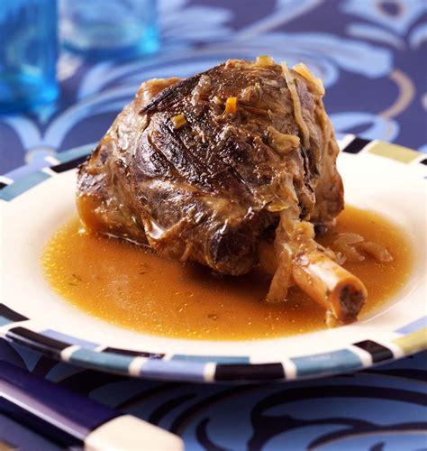 cuisiner agneau souris d agneau confites au miel et au thym les