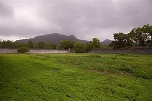 C U00f4n S U01a1n Island
