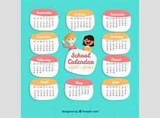 Calendário escolar com crianças Baixar vetores grátis