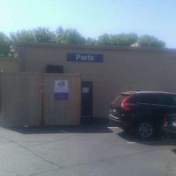 Park Place Volvo Service by Park Place Volvo Service Center Car Dealers 6262 Cedar