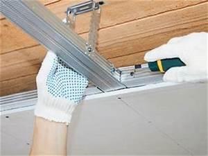 Decke Abhängen Knauf : decke abh ngen mit paneelen und deckenplatten ~ Michelbontemps.com Haus und Dekorationen
