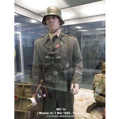 europe mannequin homme articule pour musees  collectionneurs