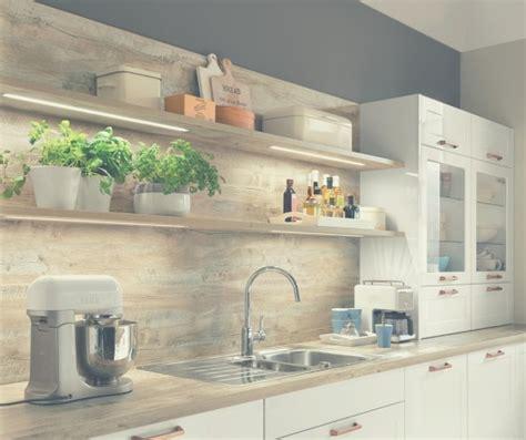 country style kitchen shelves apgaismojums un virtuves plaukti vācu virtuves 6221
