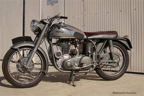 Norton Motorcycle Pictures- This Tasty Norton Cafe Racer
