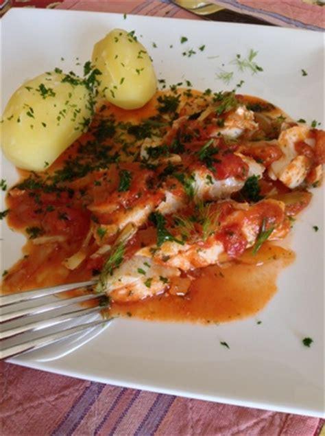 filet de cabillaud sur lit de fenouil et tomates recette