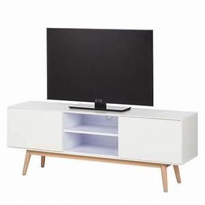 Tv Board Weiß Eiche : tv lowboard lindholm eiche teilmassiv home24 ~ Buech-reservation.com Haus und Dekorationen