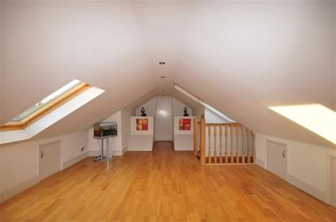 whitfield loft conversion    bedroom house room