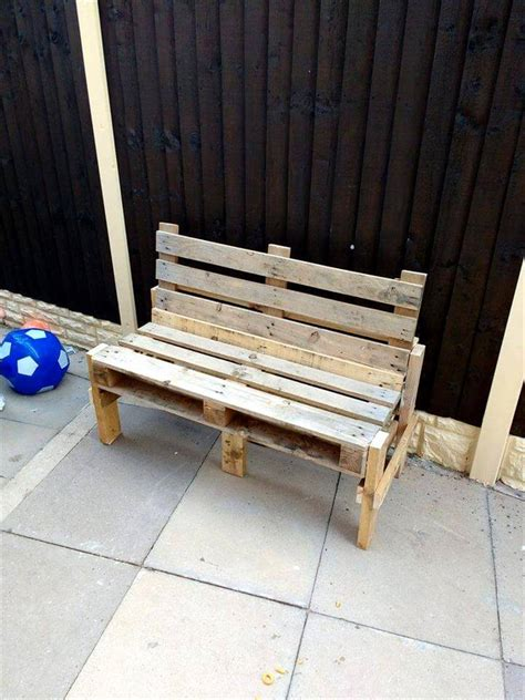 pallet benches  shane easy pallet ideas