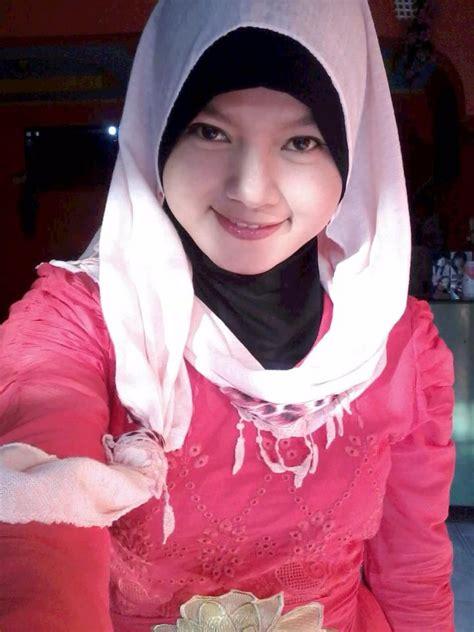 Hany Puspita Sari Cewek Facebook Bugil