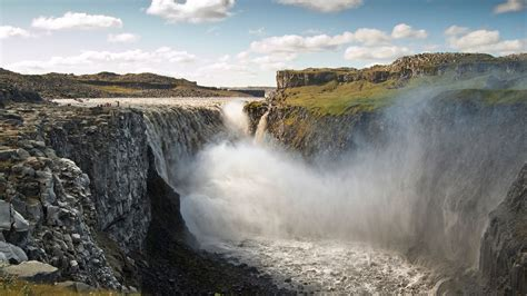 dettifoss waterfall north iceland travel guide