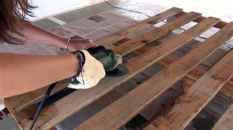 canapé en palette de bois comment fabriquer un canapé en palettes de bois très