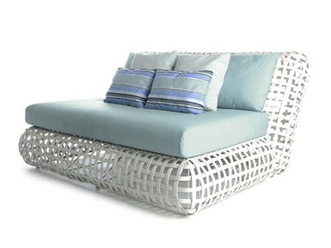 canapé extérieur design meubles de jardin en rotin toujours un bon choix