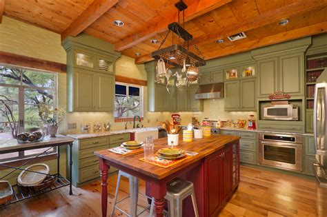 houzz country kitchens traditional kitchens traditional kitchen 1720