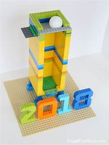 Build A New Years Eve Ball Drop With LEGO Bricks