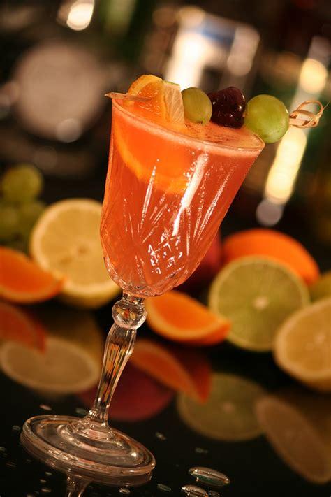 sommer drinks leichte cocktails mit und ohne alkohol