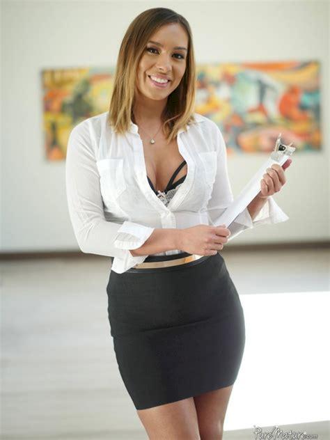Kiera Rose Shesfreaky